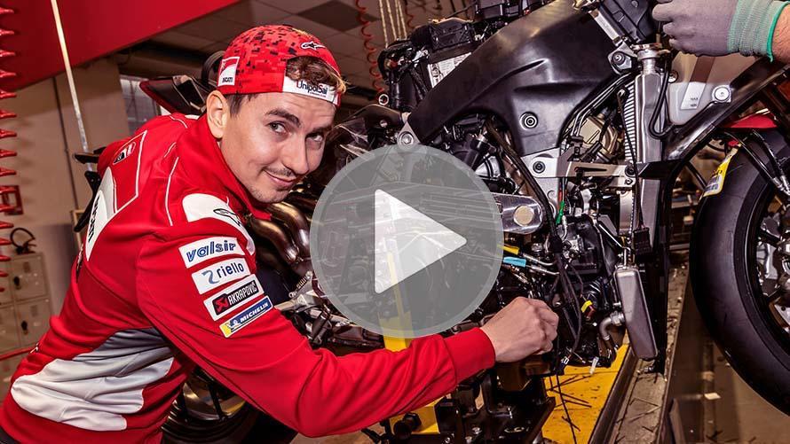 How MotoGP Teams Prepare Their Motorbike Before the Race?