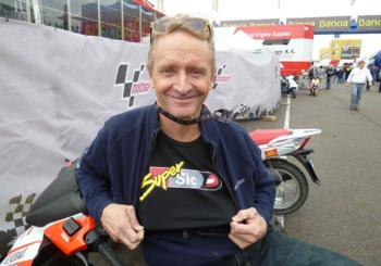 Schwantz Agrees Pit Stop Penalty in MotoGP Eliminated