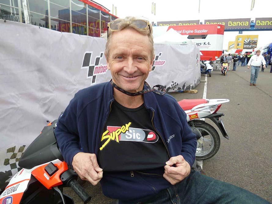 Schwantz Agrees Pit Stop Penalty in MotoGP Eliminated