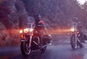 14 Tips for Riding a Motorcycle in the Rain